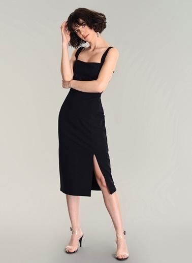 Agenda Yırtmaçlı Kalem Elbise Siyah